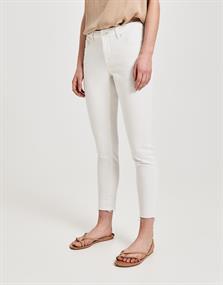 Elma 7/8 soft white