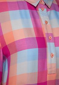 Feminine Karo-Bluse