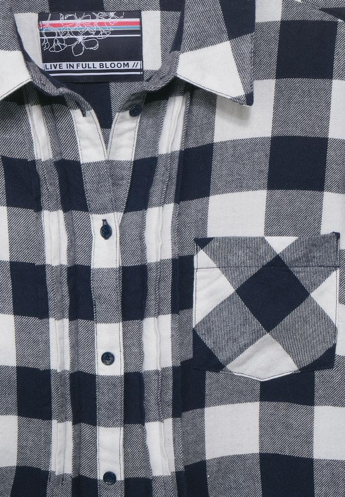 Hemd-Kleid mit Karomuster