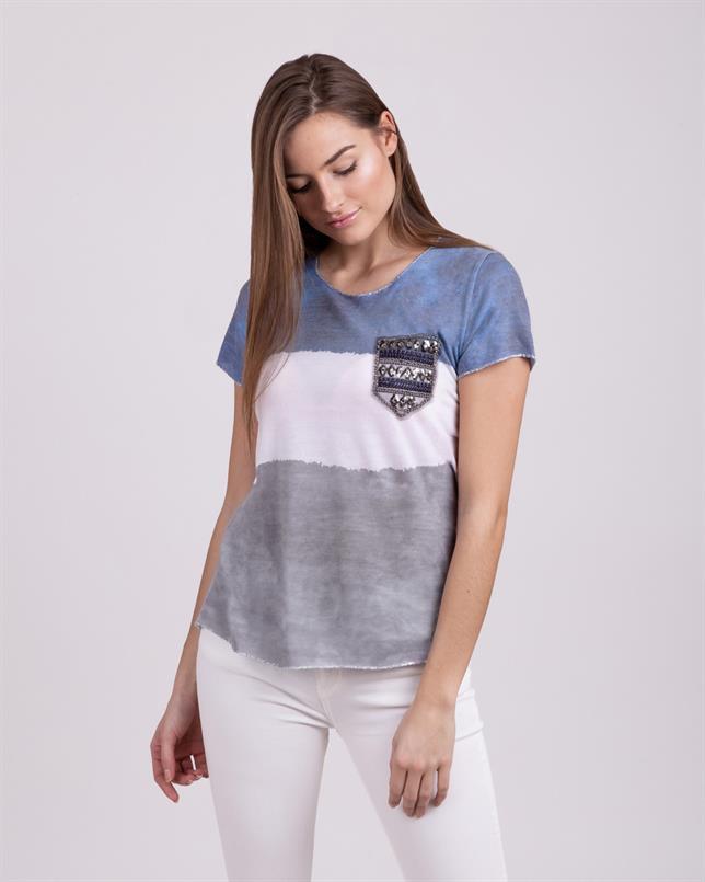 KARMA - Rundhals T-Shirt mit verzierter Brusttasche