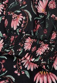 Kleid mit Smok-Details