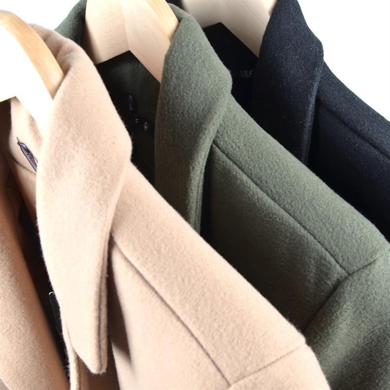 Mantel mit Revers- Kragen und Schubtaschen