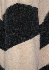 Pullover mit Federgarn