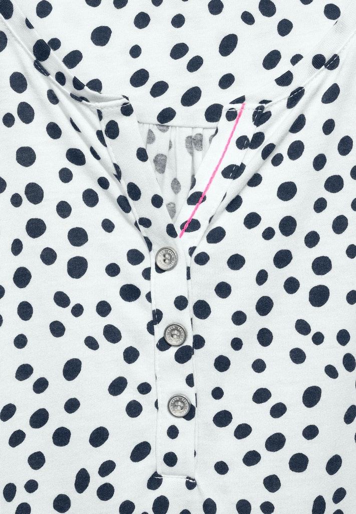 Shirt mit Punkten