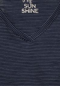T-Shirt mit Smok Details